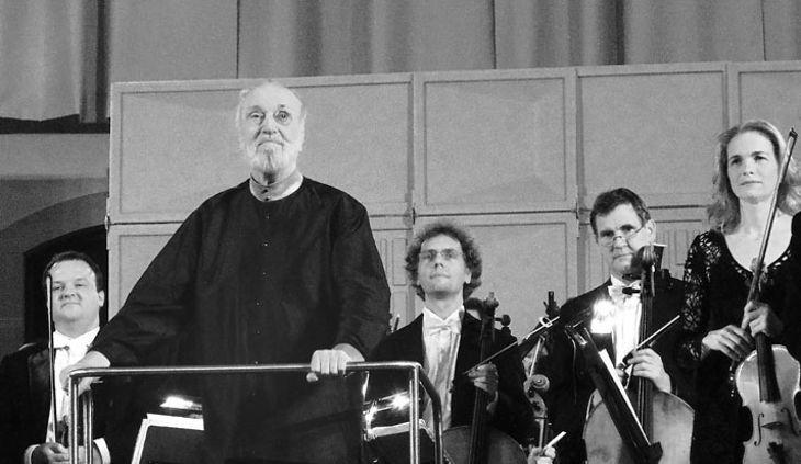 Kurt Masur am Pult der Dresdner Philharmonie am 6. Dezember 2012 im Dresdner Albertinum (Foto: Martin Morgenstern)