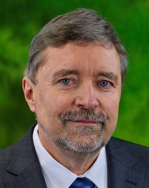 Großmeister (Prof. Dr.) Stephan Roth-Kleyer