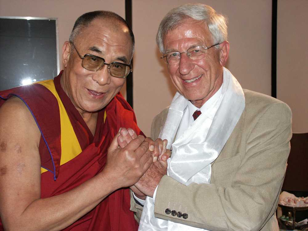 Der Dalai Lama und Franz Alt. (Foto: Bigi Alt)