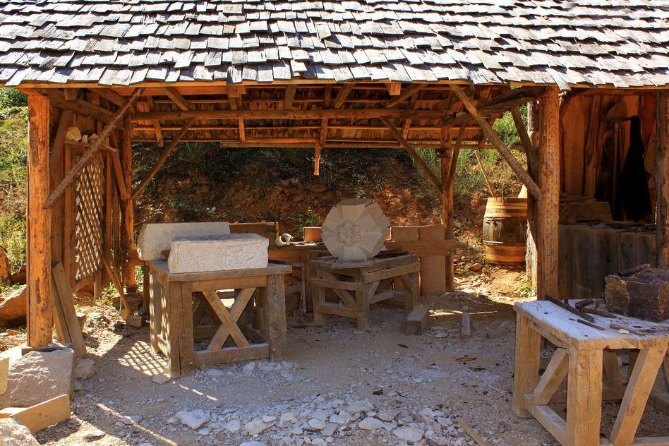 Arbeitsplatz mittelalterlicher Steinmetze
