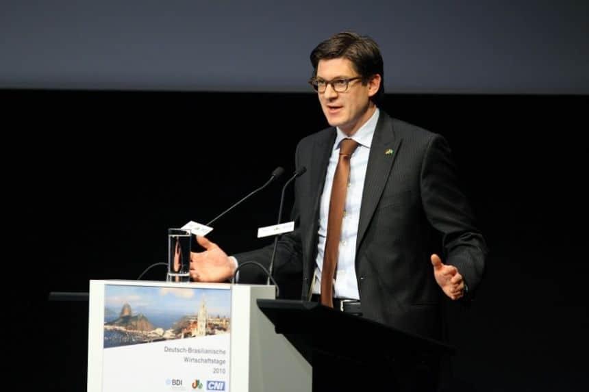 Dr. Ole Schröder