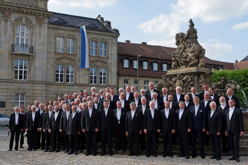 Gruppenbild der Bayreuther Loge Eleusis zur Verschwiegenheit