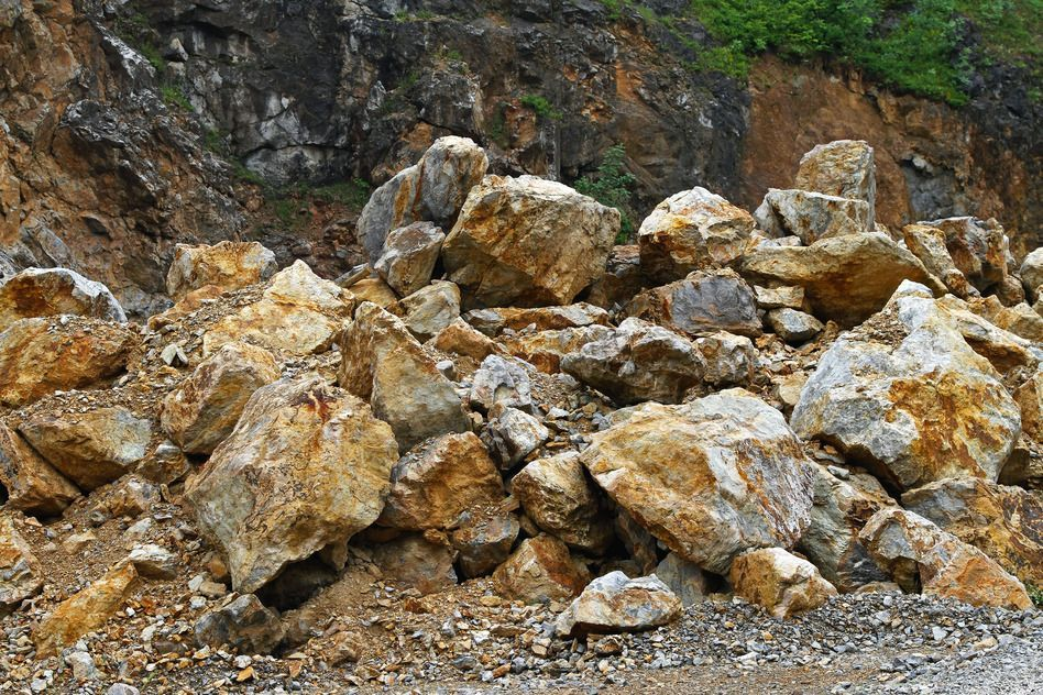 Big stones in open pin quarry