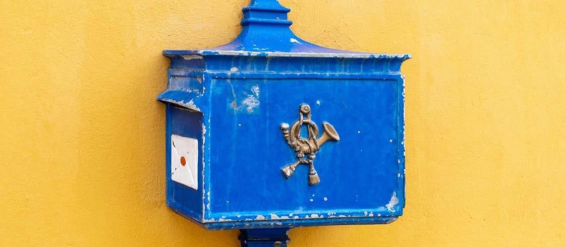 Historischer Briefkasten Zum Versenden Von Postkarten Und Briefe