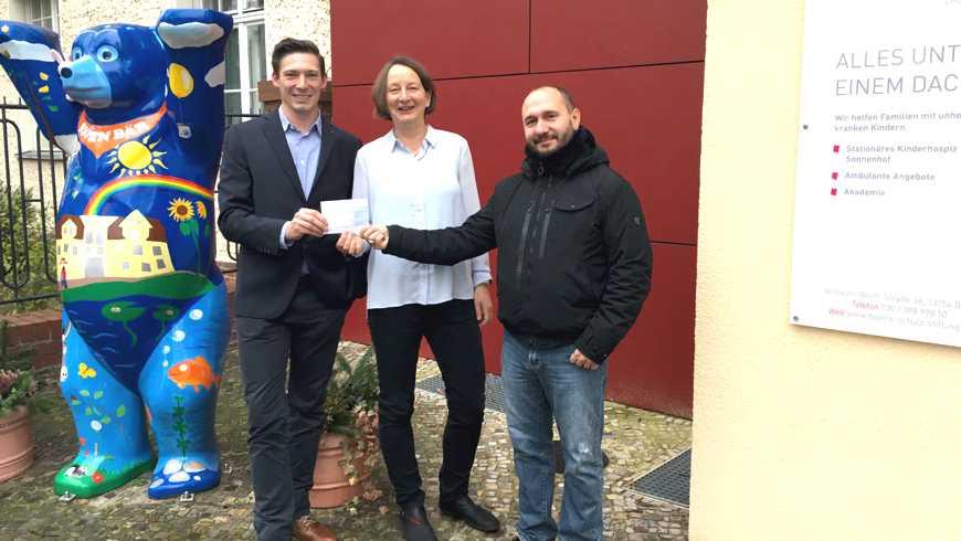 Übergabe der Spende an die Björn Schulz STIFTUNG am 9. Dezember 2016