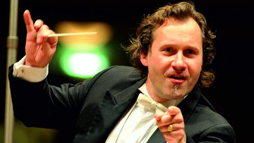 Der Dirigent Prof. Ekhart Wycik