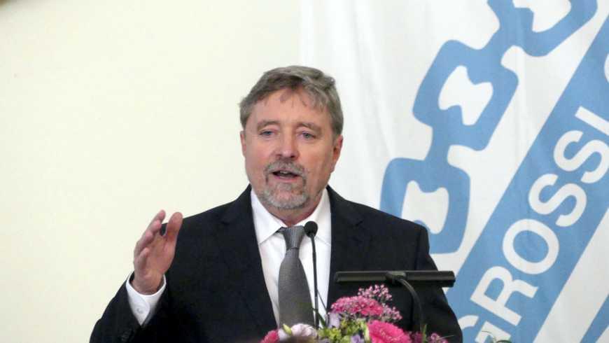 Der Großmeister Prof. Dr. Stephan Roth-Kleyer bei der Verleihung des Kulturpreises an Uwe Tellkamp im Mai 2017 in Dresden