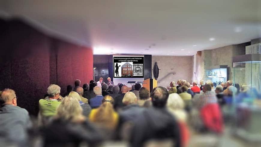 """""""Reichskammergericht und Visitation zur Zeit der Logengründung"""", so der Titel des Vortrages von Frau Dr. Irene Jung und Oda Peter"""