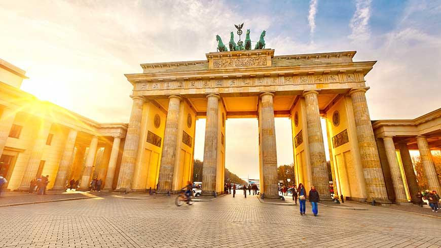 Brandenburger Tor Foto: sbroisov / Adobe Stock