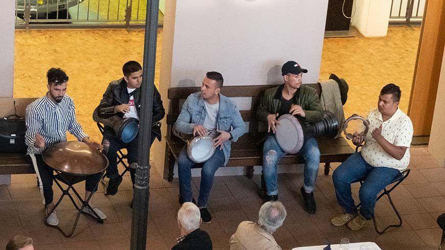 Junge Musiker der Orientalischen Musikakademie geben eine Kostprobe
