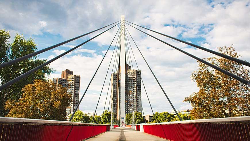 Brücke über den Neckar in Mannheim (Foto: Lutz Peter / pixabay)