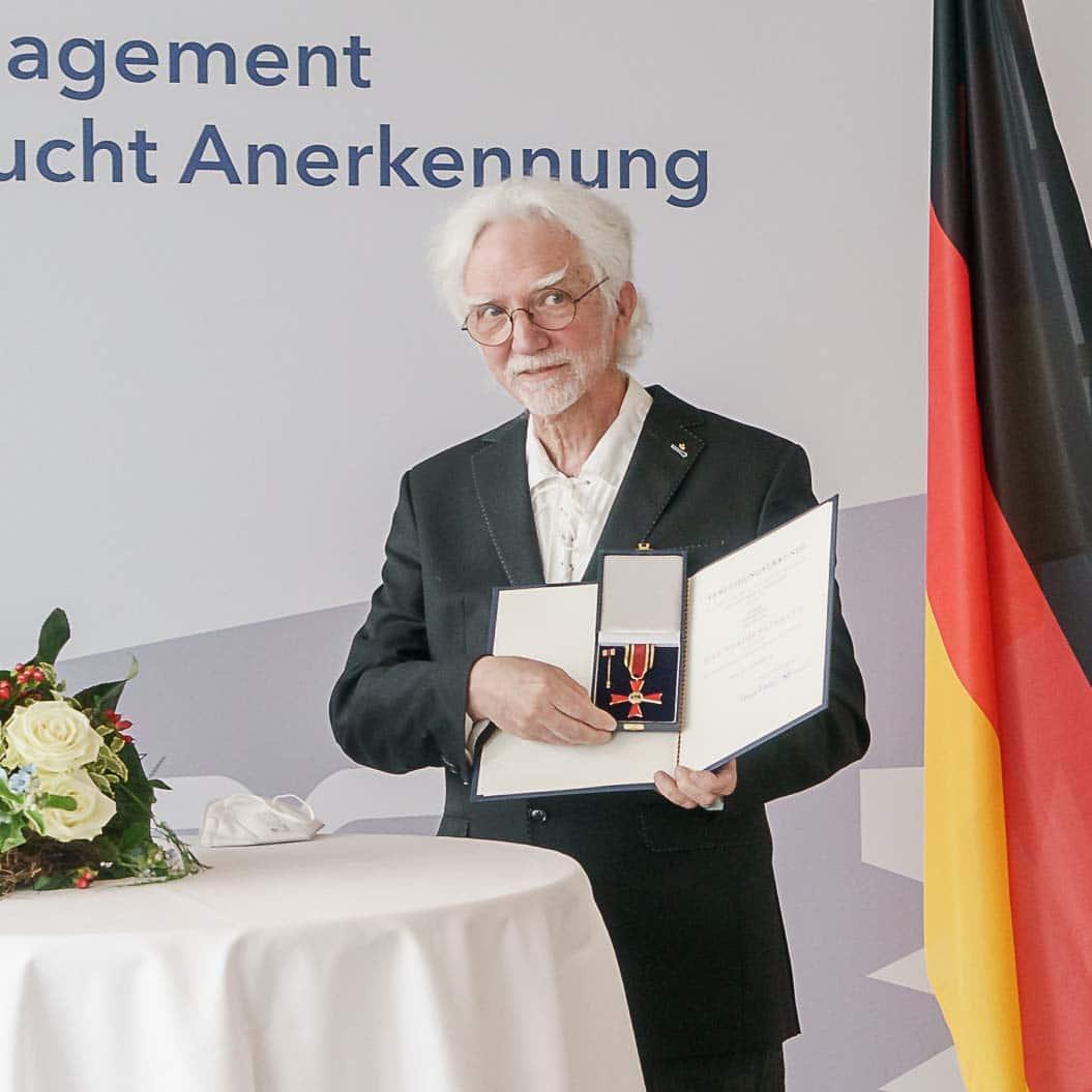 Neun Schleswig-Holsteiner mit dem Verdienstkreuz am Bande ausgezeichnet